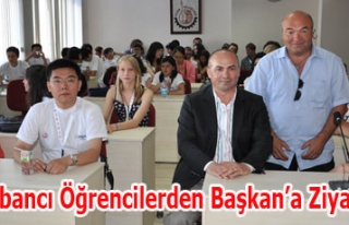 Yabancı Öğrencilerden Başkan'a Ziyaret