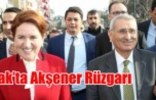 MERAL AKŞENER UŞAK'TA GENEL BAŞKAN GİBİ...