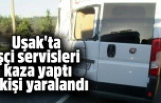 Uşak'ta işçi taşıyan iki servis minibüsü...