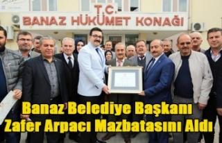 BANAZ BELEDİYE BAŞKANI ZAFER ARPACI TÖRENLE MAZBATASINI...