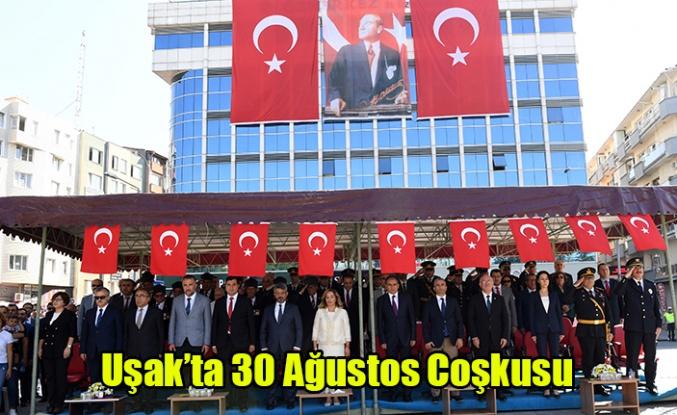 UŞAK'TA ZAFER BAYRAMI COŞKUSU