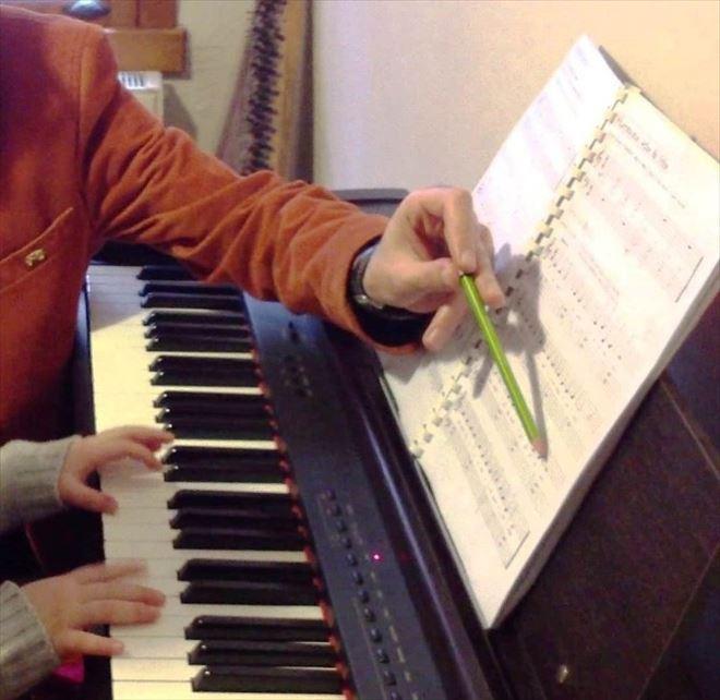 İzmit Belediyesi'nden Engelliler İçin Piyano Kursu