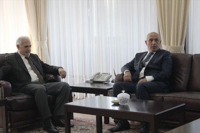 """Prof.dr. Mustafa Ilıcalı: """"Hizmetlerde Ben Yok, Biz Var """""""