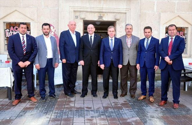 MÜSİAD, Milletvekilleri Ve AK Partili Yöneticilerle Buluştu
