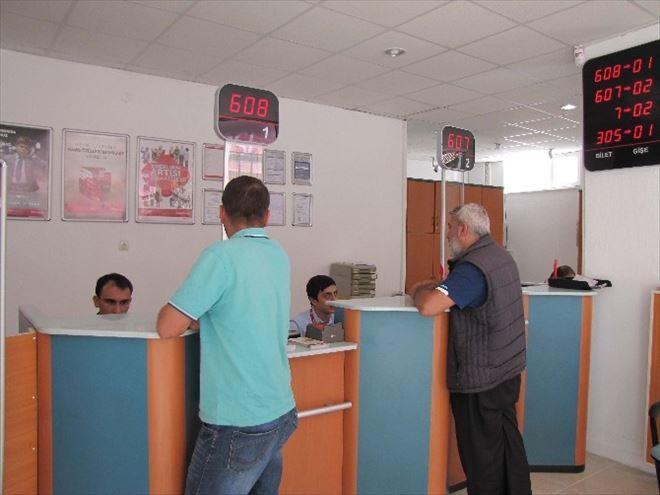 Ziraat Bankası Şubesi Tadilat Nedeniyle Geçici Binada Hizmet Veriyor