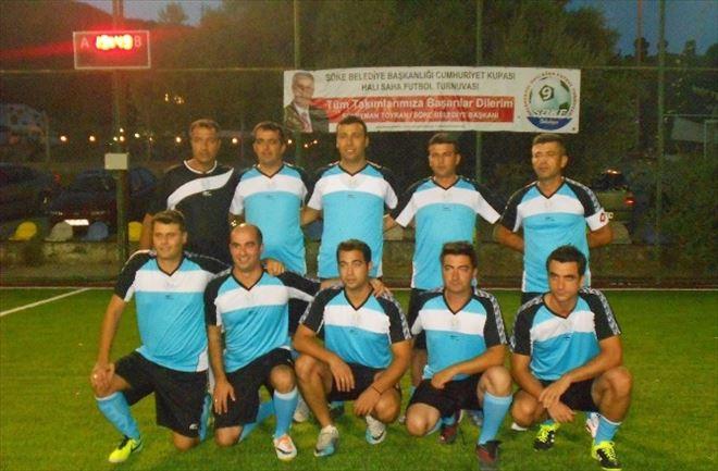 Kuşadası Belediyesi Futbol Takımı Yarı Finalde