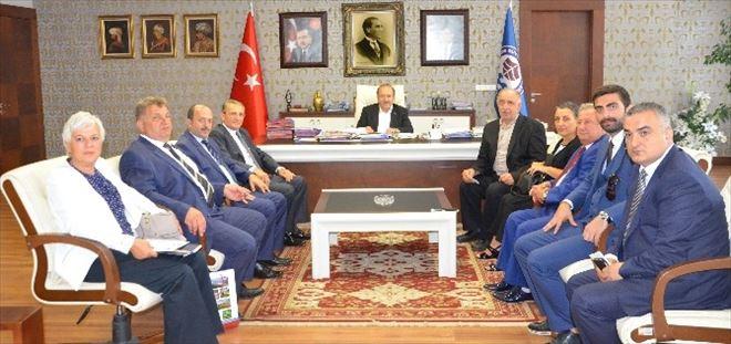 Trabzon Dernekler Federasyon Başkanı Demir'den Başkan Gümrükçüoğlu'na Ziyaret