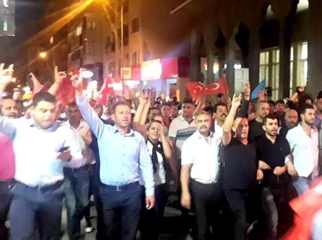 Mudanya'da Teröre Tepki Yürüyüşünde Başkan Türkyılmaz İstifa Çağrısı