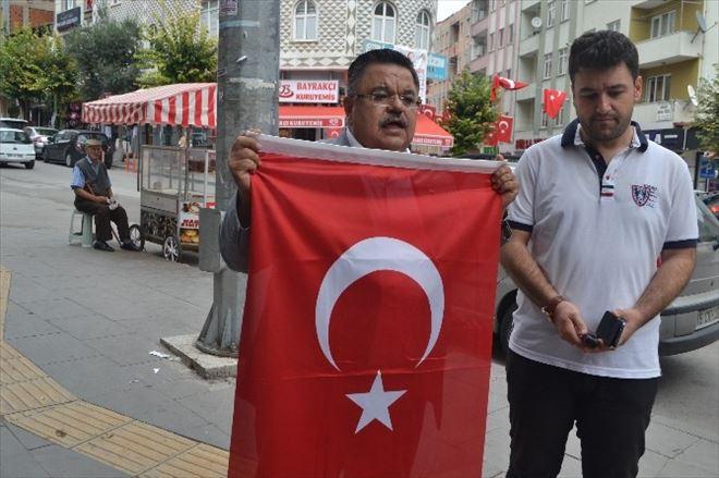 Bilecik Esnafı Bayraklarla Donandı