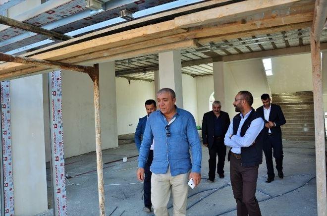 Çat Belediye Başkanı Kılıç, Hizmet Binası İnşaatını İnceledi… (Tekrar)