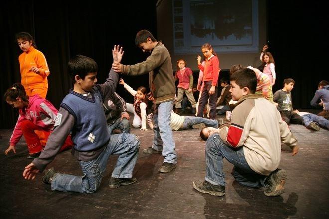 Şehir Tiyatroları'ndan Çocuklar İçin Ücretsiz Drama Kursu