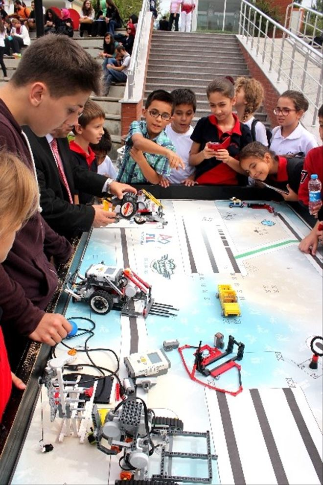 25 Ortaokul Öğrencisine Ücretsiz Robotik Eğitim