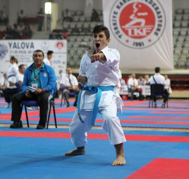 Türkiye Ümit, Genç Ve 21 Yaş Altı Karate Şampiyonası Başladı