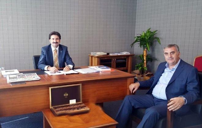 Başkan Toçoğlundan Ayhan Sefer Üstün'e Ziyaret