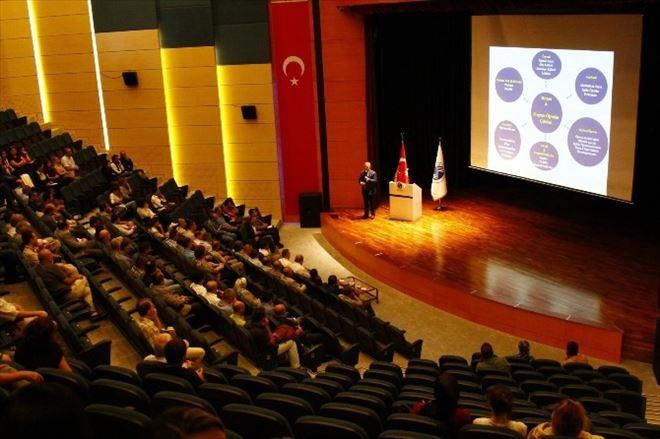 SAÜ Rektörü Muzaffer Elmas Akademik Genel Kurul Toplantısına Katıldı