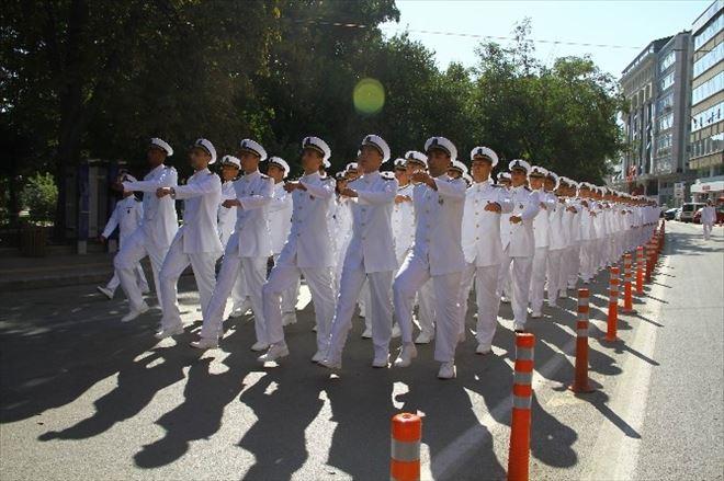 Deniz Harp Okulu Öğrencileri Samsun'da