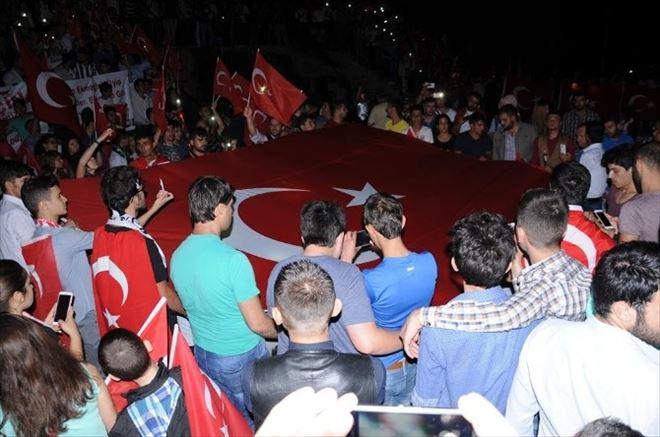 Afyonkarahisar'da Taraftar Gurupları Terör Saldırılarını Protesto Etti