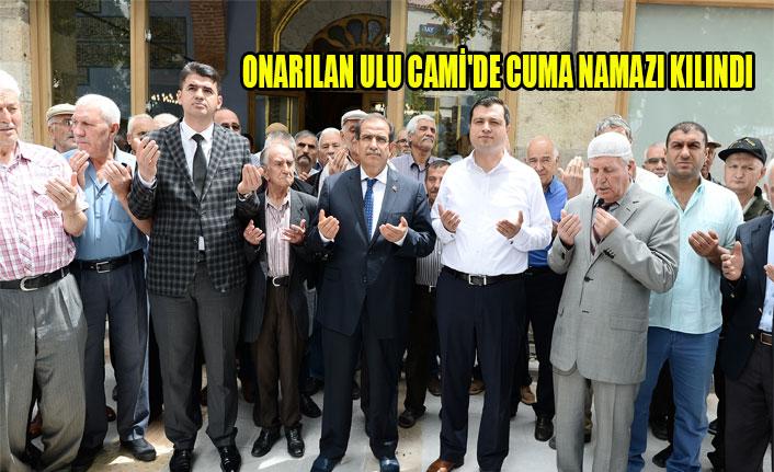 ONARILAN ULU CAMİ'DE CUMA NAMAZI KILINDI