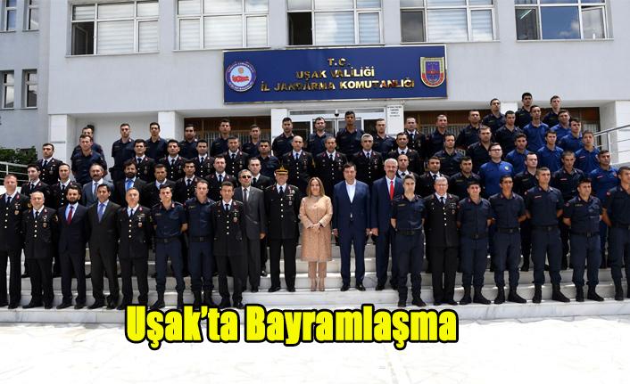 UŞAK'TA BAYRAMLAŞMA TÖRENLERİ