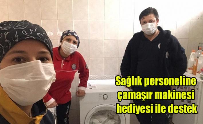 Sağlık personeline çamaşır makinesi hediyesi ile destek