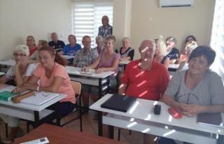 Alanya'daki Yabancılara Türkçe Eğitimi