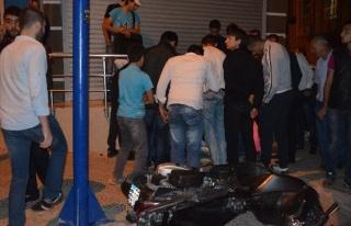 Kilis'te Minibüsle Motosiklet Çarpıştı: 2 Yaralı