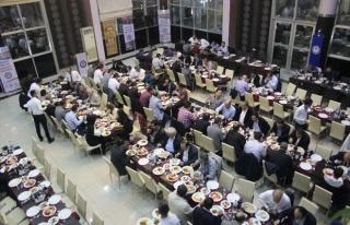 Eğitim-bir Sen Üyeleri Yemekte Bir Araya Geldi