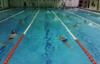 Yunusemre Belediyespor Kış Yüzme Kursu Açılacak