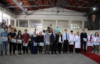 Erciyes Üniversitesi Tıp Fakültesinde Öğrenciler...