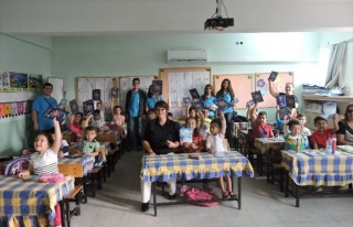 Köyceğiz'de THK'dan Öğrencilere Kırtasiye...