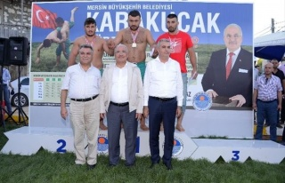 Şampiyon Güreşçiler Silifke Mara'da Meydana...
