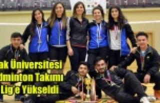 Uşak Üniversitesi Badminton Takımımız 1. Lig'e...