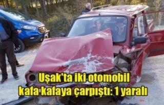 Uşak'ta iki otomobil kafa kafaya çarpıştı:...