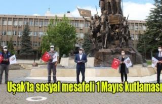 Uşak'ta sosyal mesafeli 1 Mayıs kutlaması