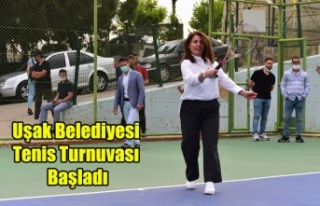 Uşak Belediyesi Tenis Turnuvası'nda İlk Servis...