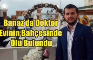 BANAZ'A YENİ ATANAN DOKTOR EVİNİN BAHÇESİNDE...