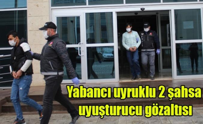 Uşak'ta Yabancı uyruklu 2 şahsa uyuşturucu gözaltısı