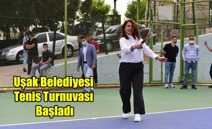 Uşak Belediyesi Tenis Turnuvası'nda İlk Servis Atıldı